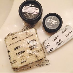 lush • 4 product bundle ✨ face and body